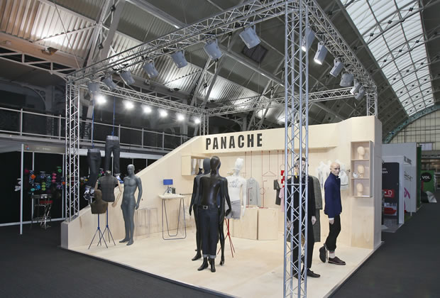 Ideas For Small Exhibition Stands : Exhibition stands gallery lighting gantry